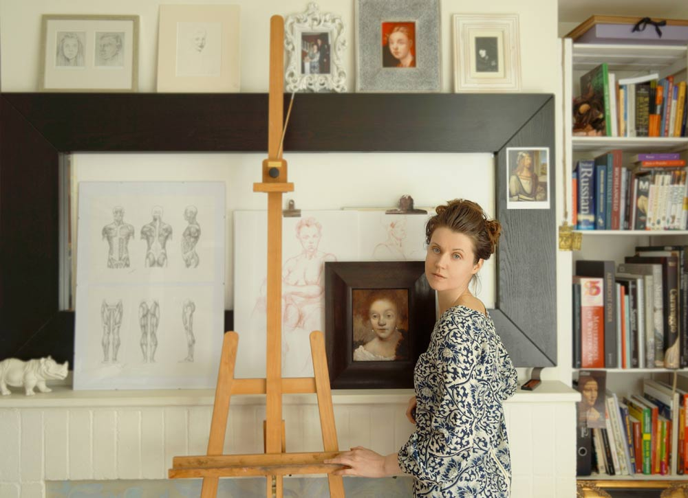 Natalie Richy - Fine artist in the studio